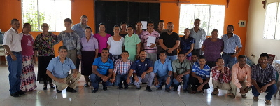 27 Honduran leaders who committed to readling the Bible through annually