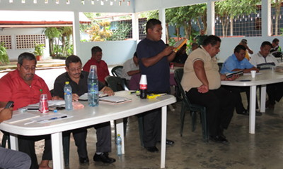 Guatemalan pastors studying the Epistle to the Hebrews
