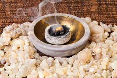 Burning frankincense, image used under license from https://www.123rf.com/profile_fotomem
