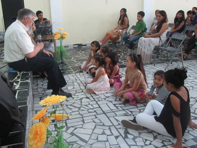 A children's Bible story in Coatepeque