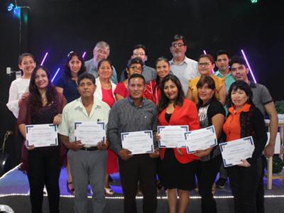 Photo of seminar attendees in Tingo Maria, Perú