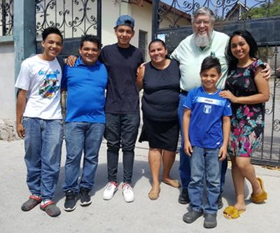 Pastor Ángel Álvarez, his wife, Marina de Álvarez, and their lovely family