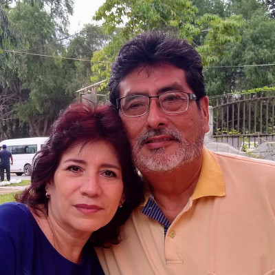 Photo of Janine and Jorge Watanabe